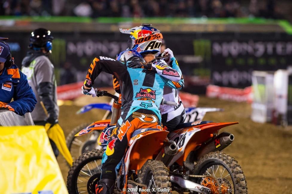 Elbros: Dungey (1) and Musquin go 1-3.