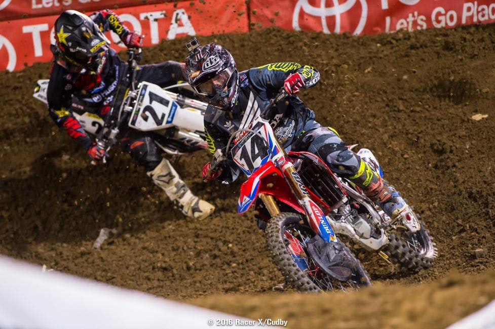 Seely (14) and Anderson battled all day, first back and forth in their heat and then again in the main. Seely won the heat battle but Anderson got the better of him in the main.