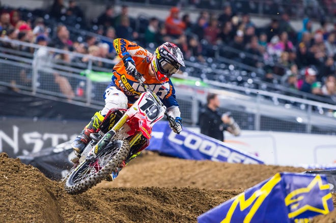A less-than-100 percent Justin Bogle was 13th at Anaheim 1 and crashed out of SD1. How will he do when healthy?