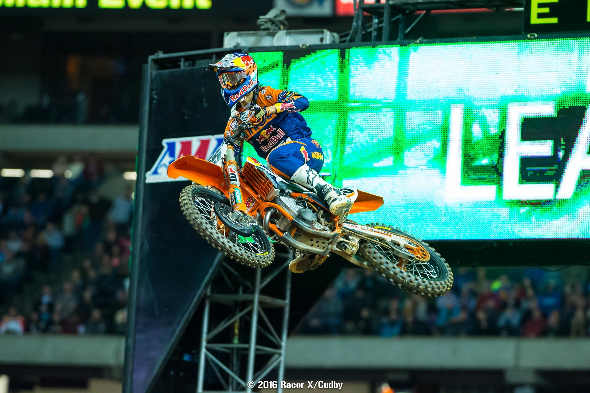 Marvin rode incrediby well. For 19 laps, it looked like he had the stuff to hold Dungey at bay.