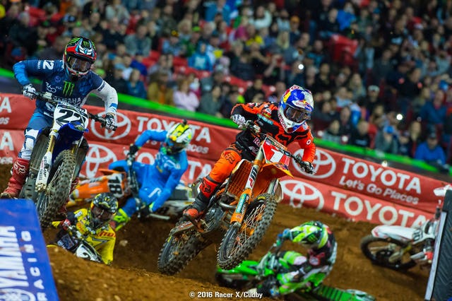 Dungey quickly sliced his way to second but couldn't find the burst to get Marvin.