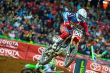 Mookie Stewart made two big runs at Davalos but a crash in between cost him dearly.