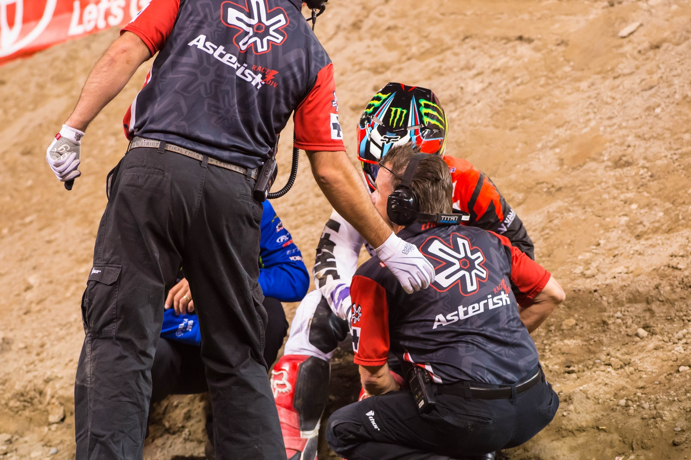 After a crash in the main event last weekend, Chad Reed is expected to race in Detroit.