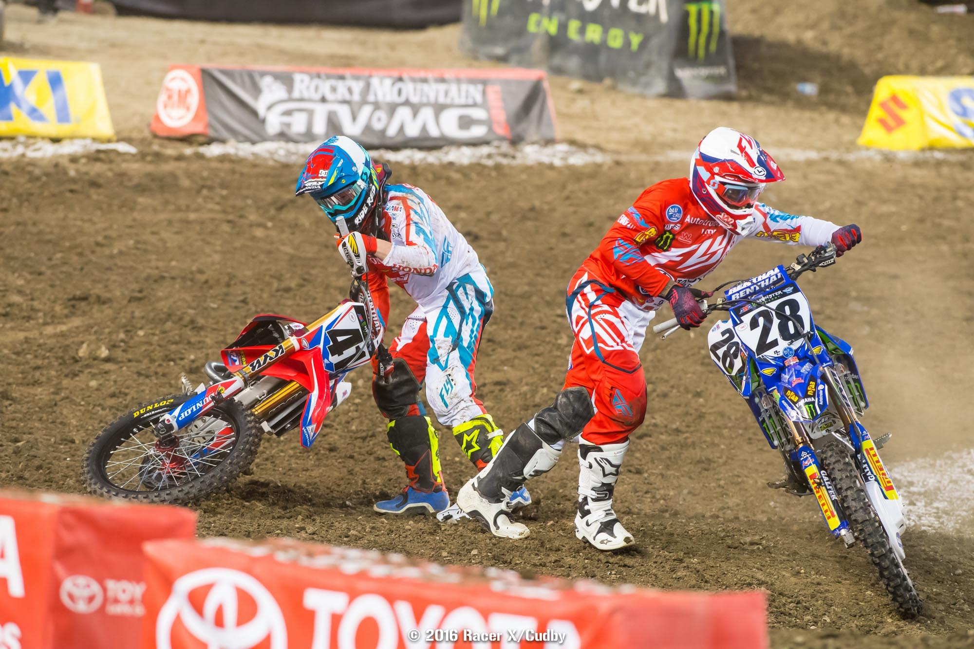 Weston Peick and Trey Canard both went to the semi after going down in the first turn in their heat race.