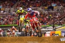 Dungey and Roczen were separated by less than a second for much of the 450SX Main