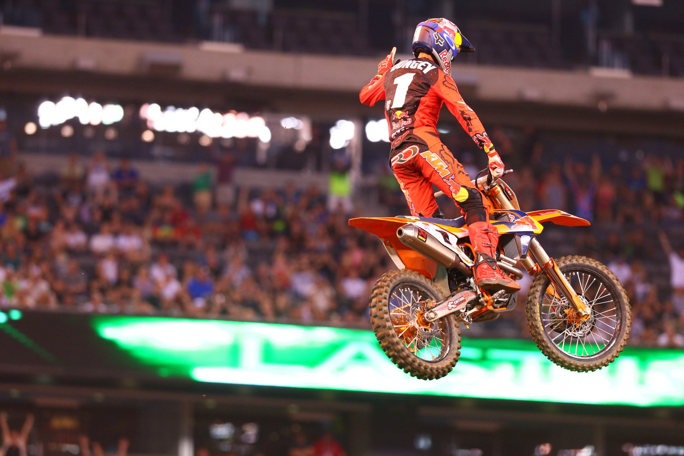 Dungey now leads Tomac by nine points.