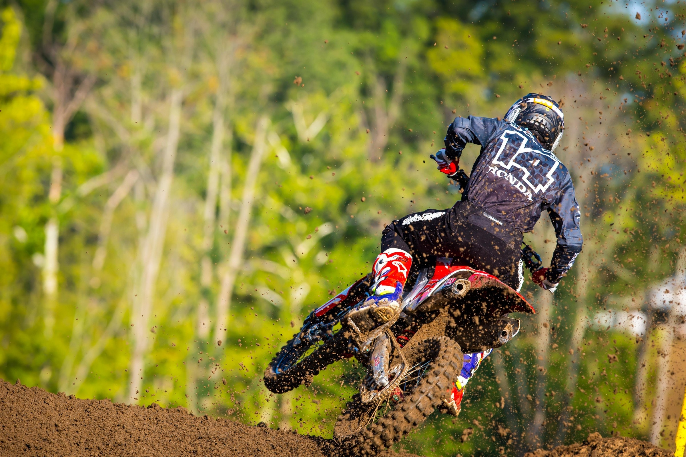 Seely finished fourth overall in his final race before his Team USA debut at the 2017 Motocross of Nations.