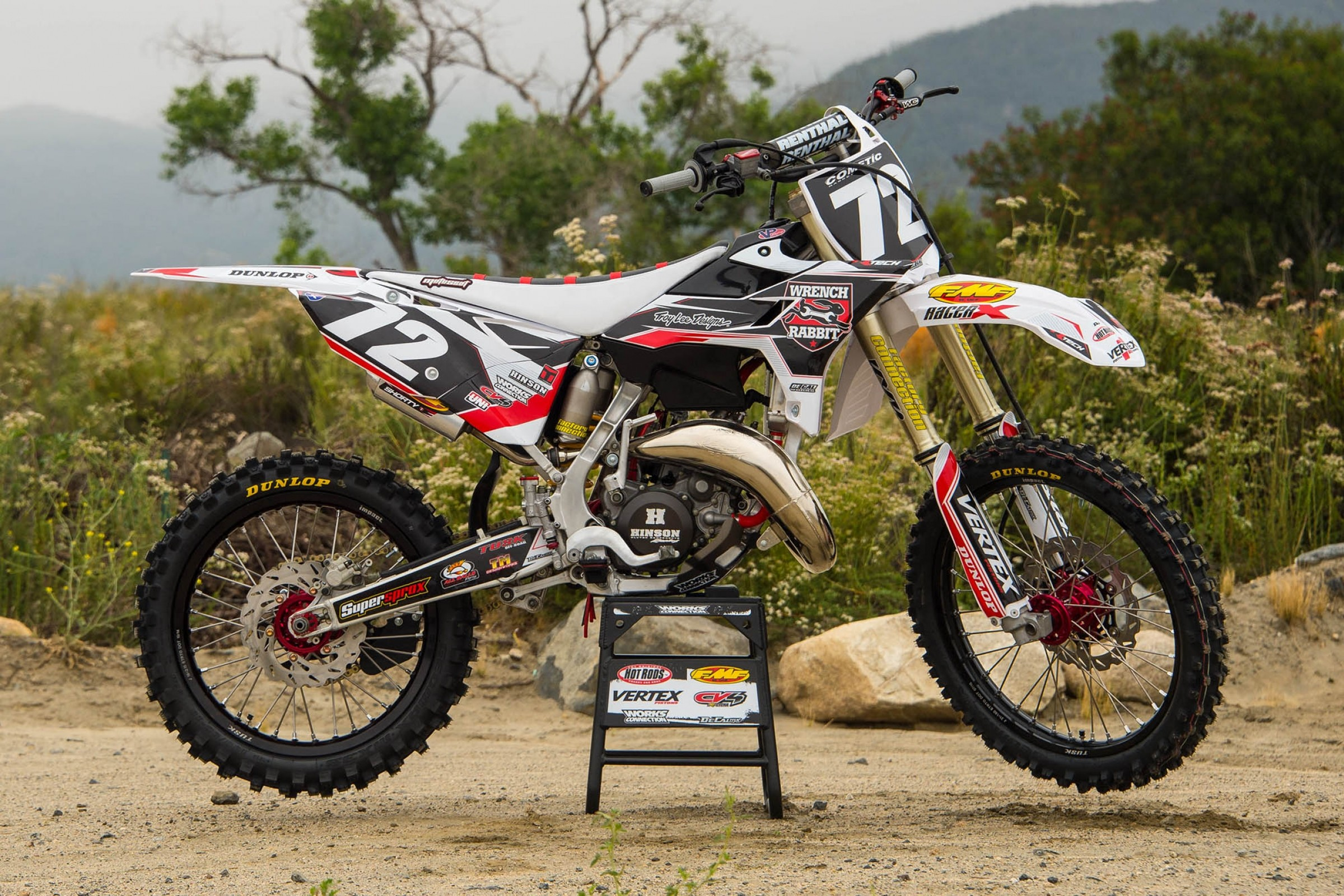 Racer X Films: Garage Build 2005 Yamaha YZ125 - Racer X Online