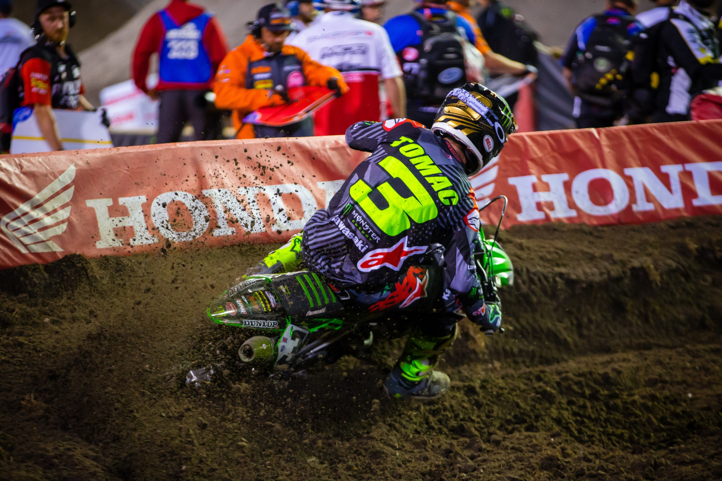 Eli Tomac fought back from an early crash to take second.