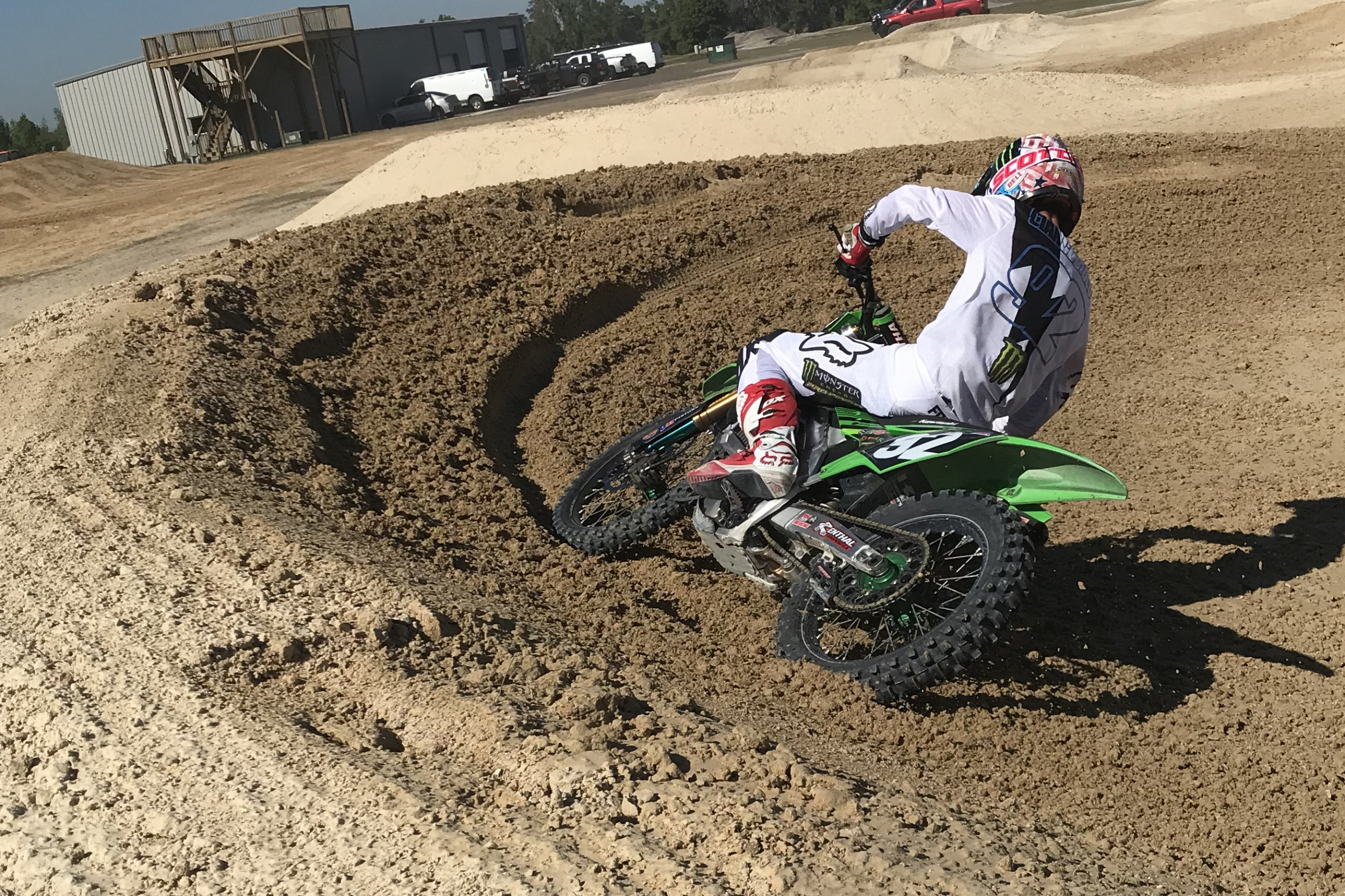 Cianciarulo tests with members of Team Honda at the Moto Sandbox.