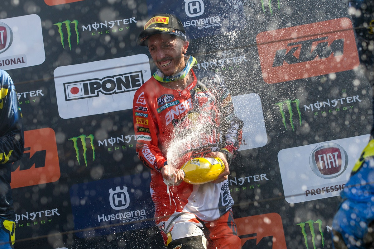 With a 1-1 in Italy over the weekend, Cairoli is now just 12 points down from Herlings.
