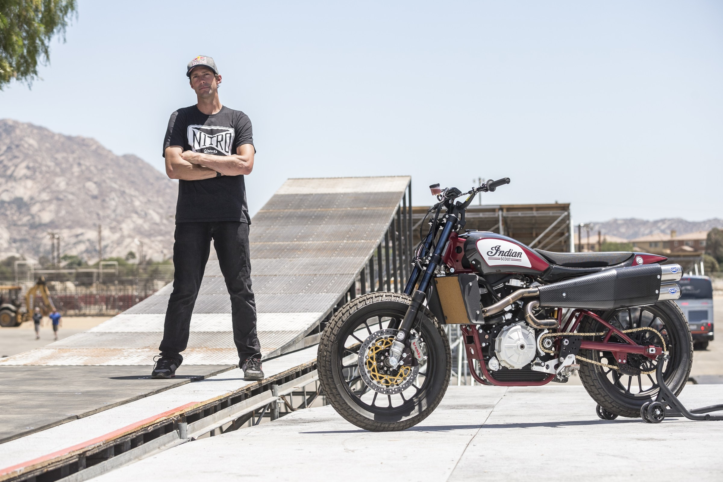 Travis pastrana to honor evel knievel in evel live racer x online