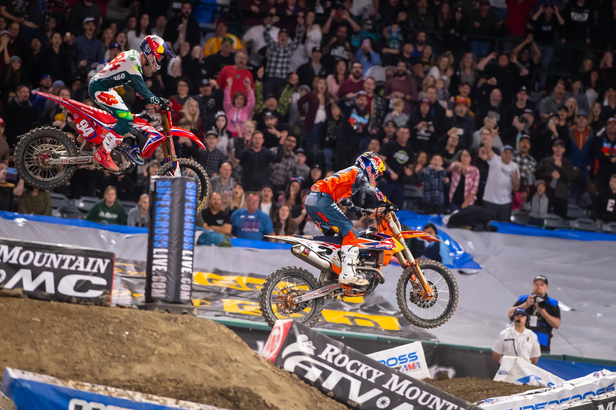 Webb passed Ken Roczen on the last lap in the first main event after Roczen made a mistake with only two turns to go before the checkered flag.