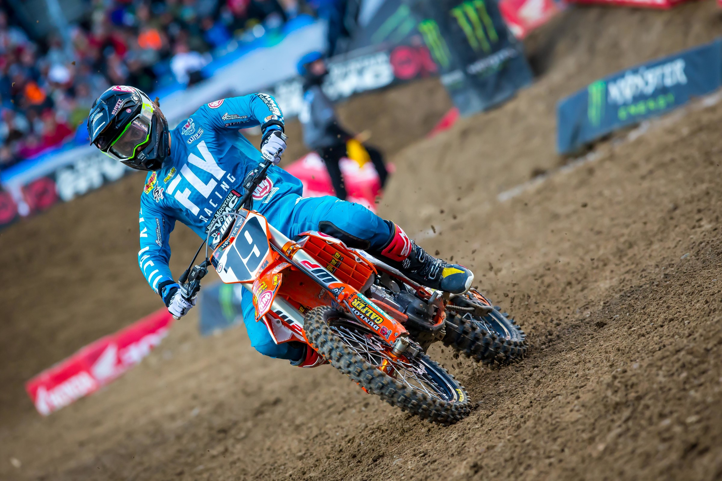 Yeah Justin Bogle! He won a heat and logged a strong fourth in a main event.