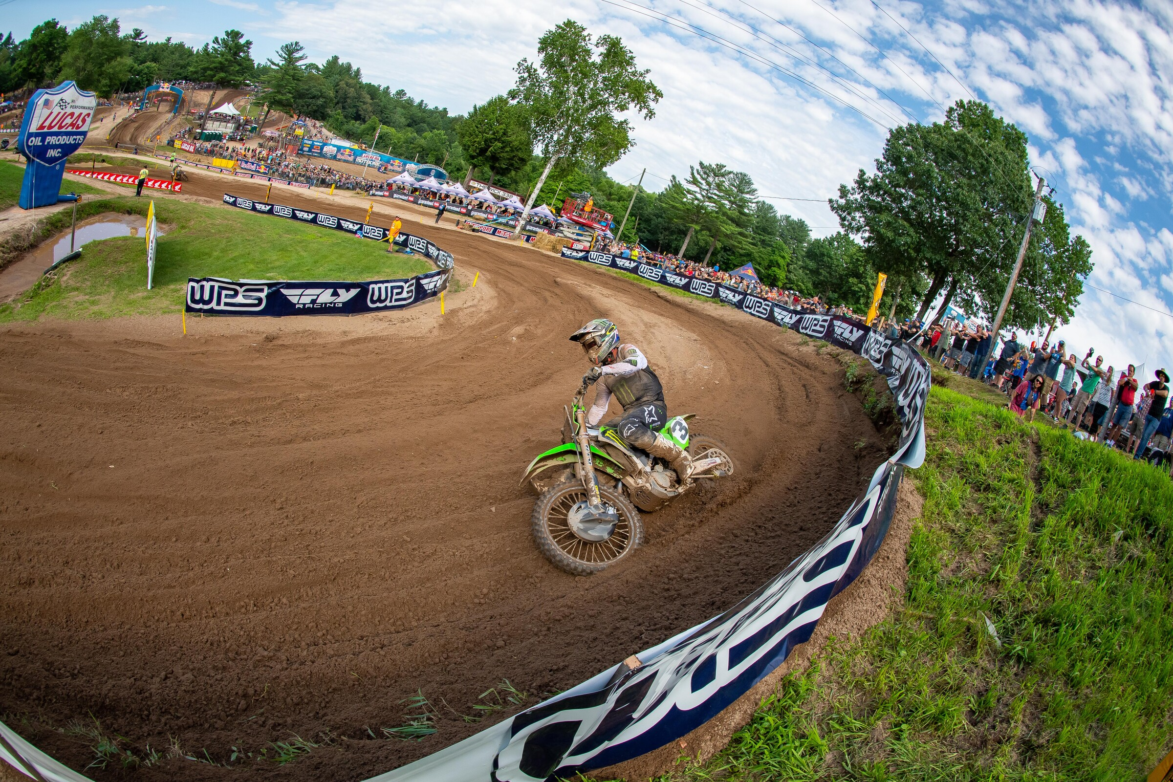 Tomac was on, and then he was gone.